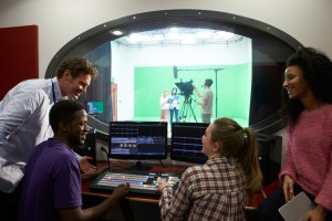 Dr. Kat's List: Five Colleges with Great Summer Programs for Undergraduates