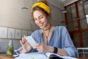 Social Media in 2021: What College Applicants Need to Know