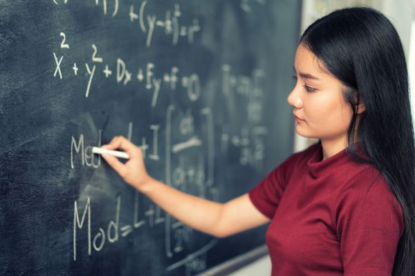 Academic Support: An Expert Tutor's Advice on How to Improve Your Math Grade