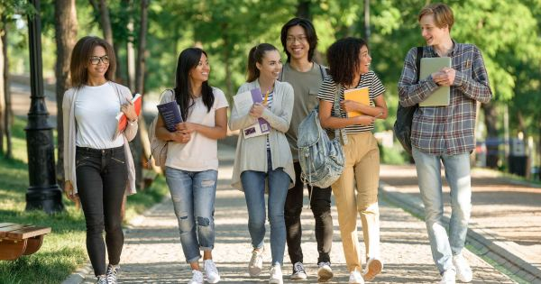 What to Ask on Summer Campus Tours