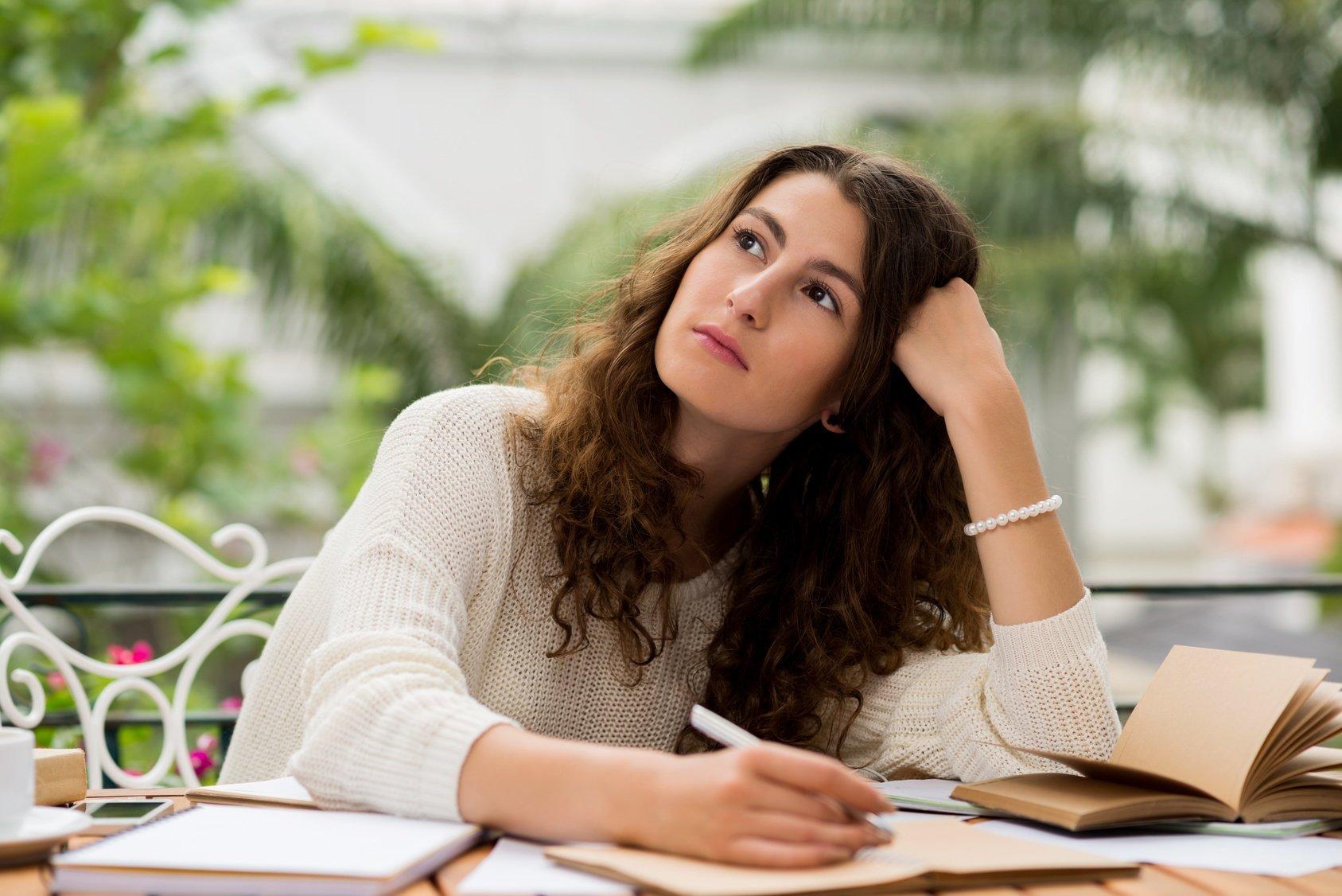 college application essay resources.jpg