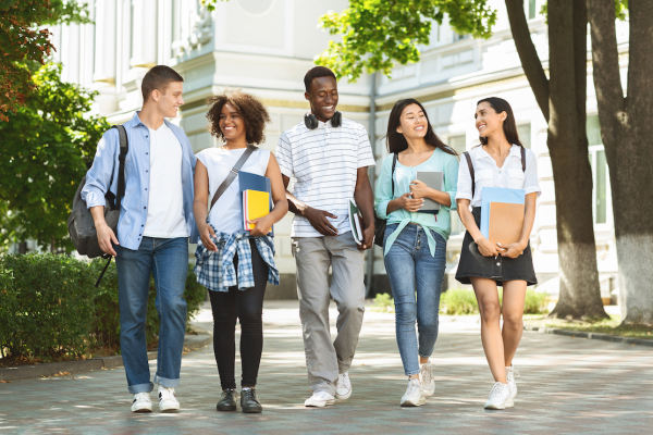 How to Find the Best-Fit College: Tips from an Expert College Counselor